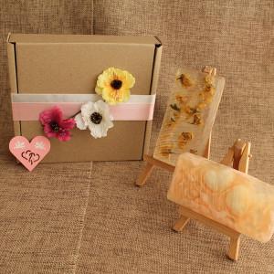Мыло ручной работы  подарочный набор «Цветы акации» – 2 бруска + валентинка WSPN-003v